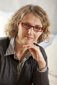 Maarit Laurento on astrologi, yrittäjä ja kouluttaja.