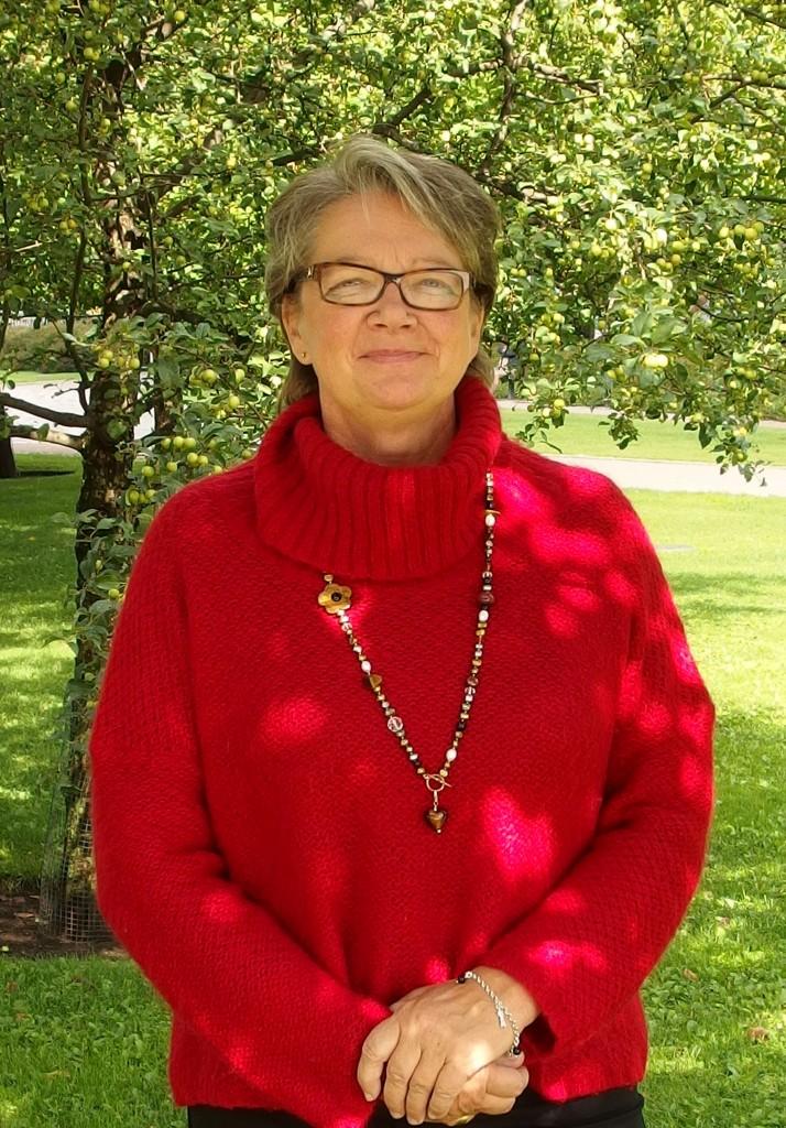 Annu Palmu on kouluttaja, joka haluaa edistää ihmislähtöistä johtamiskulttuuria Suomessa.