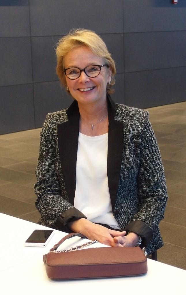 Hannele Allonen työskentelee omassa yrityksessään ja on erikoistunut mm. henkilöstökonsultointiin ja työhyvinvoinnin kehittämiseen.
