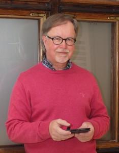 Pekka Hämäläinen on terapeutti ja valmentaja, joka on kirjoittanut mm. työhyvinvoinnista.