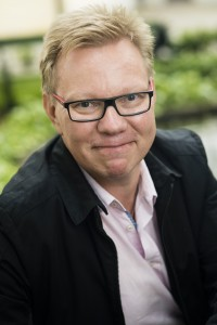 Työterveyslaitoksen tutkimusprofessorina työskentelevä Jari Hakanen toimii tällä hetkellä tutkimusjohtajana Helsingin yliopiston tutkijakollegiumissa.