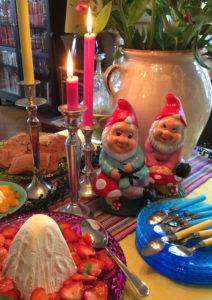 Blanc rakastaa ystävien tapaamista ja päivällisjuhlien järjestämistä.